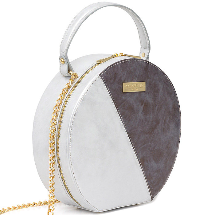 woman-handbag-gray-side-photo